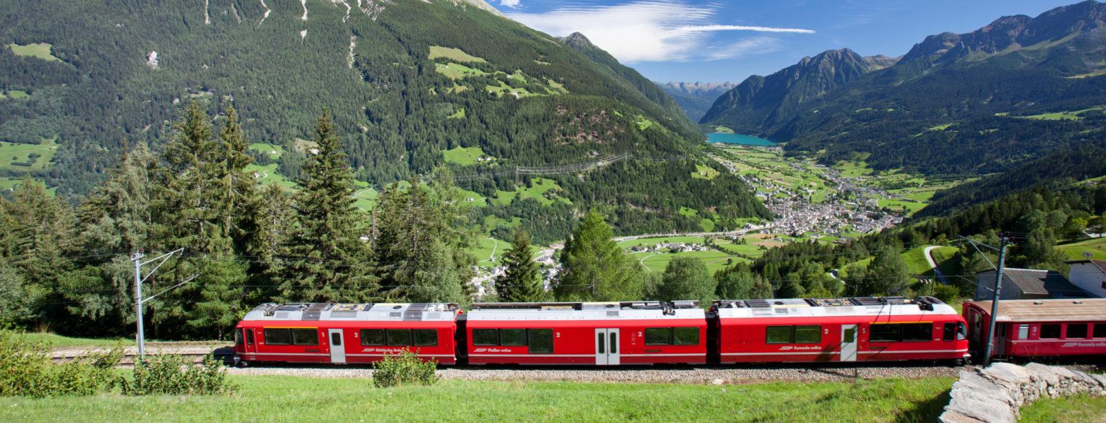 Aussicht auf das Valposchiavo - Bernina Express