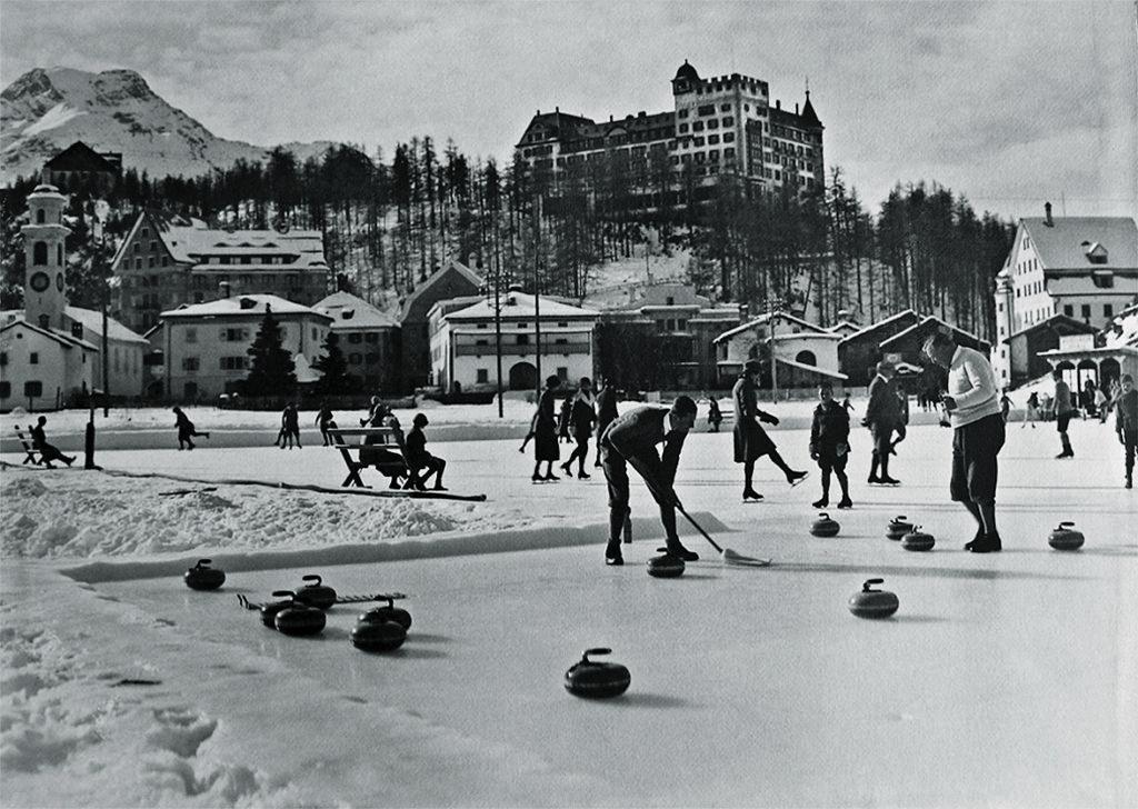 Sils-Maria im Winter 1925 mit Blick Richtung Hotel Waldhaus
