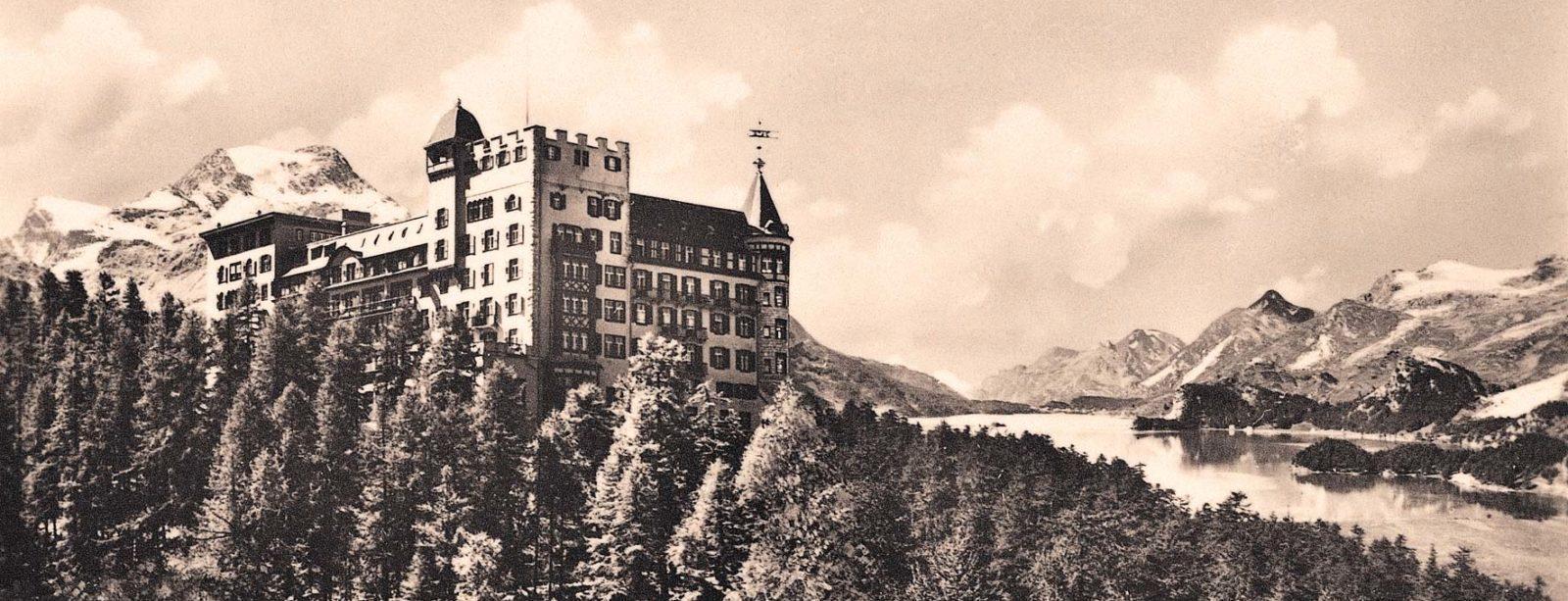 Aussenansicht nostalgisch Hotel Waldhaus Sils