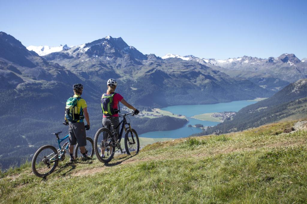 Mountain bikers in the Corviglia area