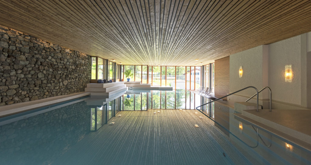 The indoor swimming pool at the Hotel Waldhaus