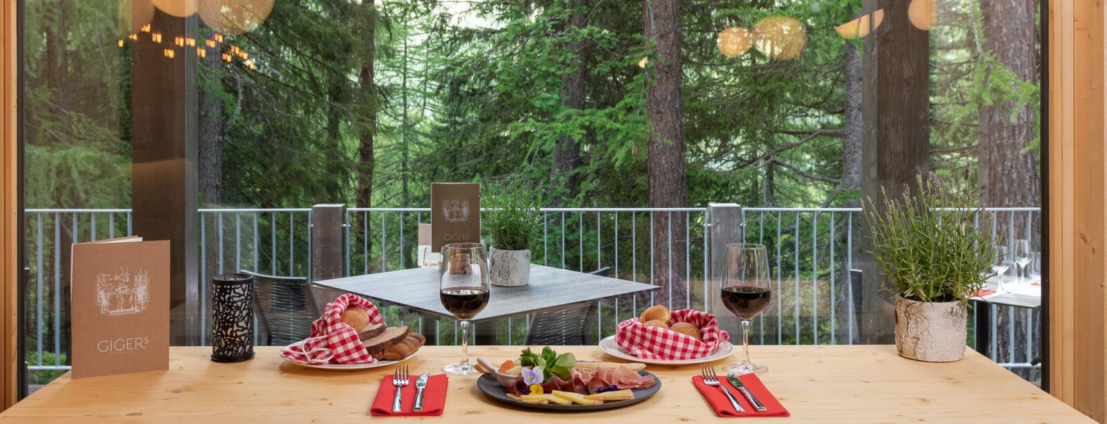 The restaurant Gigers - Hotel Waldhaus Sils
